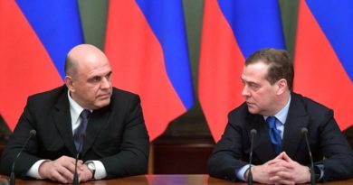 Rusia descubre la pequeña fortuna de su nuevo primer ministro