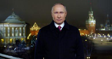 Vladímir Putin celebra la llegada del Año Nuevo con su tradicional mensaje al pueblo ruso