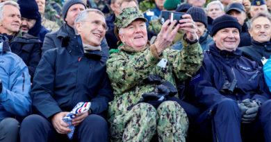 Un alto mando de la Marina de EE.UU. cree que sus aliados deberían imitar a Rusia en la esfera militar