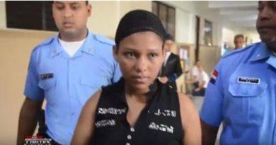 Envían a prisión mujer acusada de matar a golpes su hijo de dos años