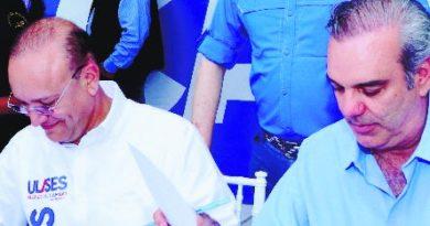 Abinader promete planta agua en Santiago