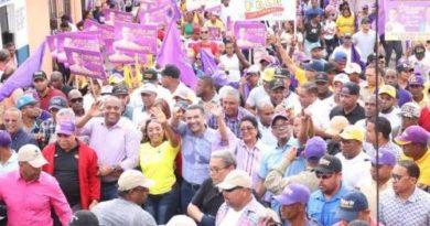 Luis Alberto desborda las simpatías de los barrios más emblemáticos del sector Los Mina