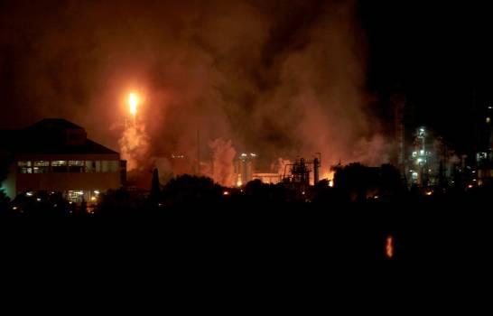 Al menos cuatro heridos graves por explosión en industria química en España