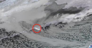 Alaska declara alerta roja por la erupción de un volcán y emite advertencias para los aviones
