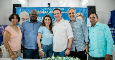 Ito Bisonó apoya a Carolina Mejía para la Alcaldía del DN