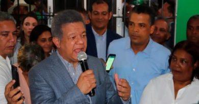 Leonel Fernández: el pueblo tiene esperanza de que la FP dirija destinos del país
