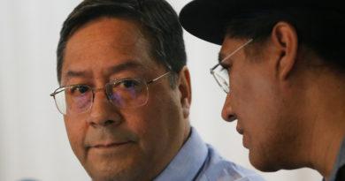 La Justicia de Bolivia amplía una investigación que podría implicar al candidato presidencial del MAS, Luis Arce