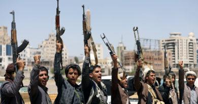 Los hutíes anuncian un ataque con aviones y misiles a dos ciudades y una base militar de Arabia Saudita