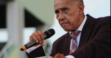 ATENCIÓN: Ezequiel Molina pide a evangélicos votar por candidatos, no por siglas