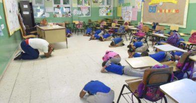 Ministro de Educación felicita comunidad educativa por excelente participación en Semana de Simulacros Escolares
