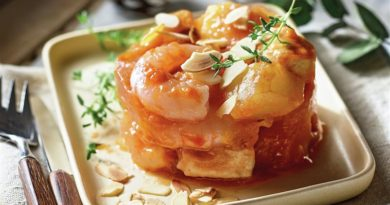 Timbal de pollo con patatas y langostinos