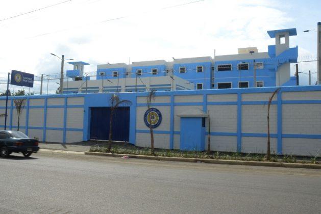 Cárcel San Luis embellece zona con su arquitectura