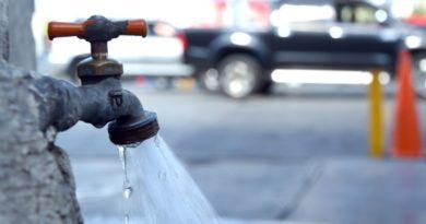Tildan de abusivo cobro de RD$500 por reconexión al servicio de agua potable en Puerto Plata
