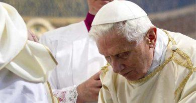 Polémica en el Vaticano: Benedicto XVI no habría autorizado publicar libro en el que defiende el celibato