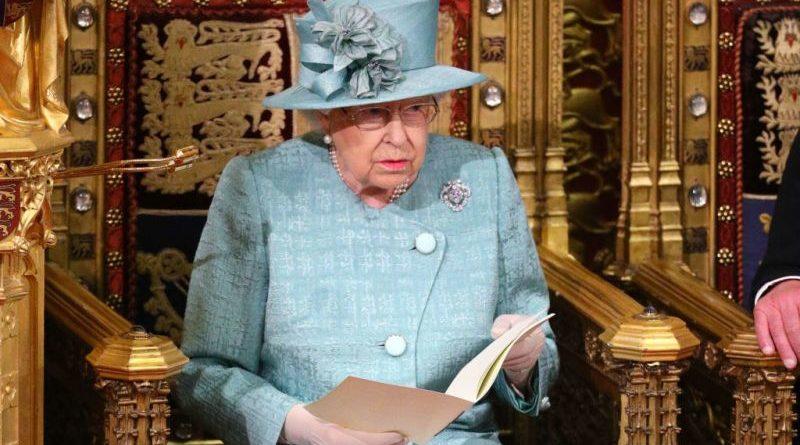 El error que Isabel pudo evitar y habría detenido la peor crisis en su reinado