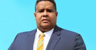 ATENCIÓN: Dirigente del PRSC denuncia ocupación de espacios públicos en SDE