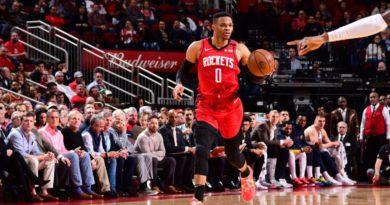 Westbrook dirige a los Rockets que rompen mala racha