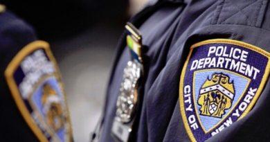 Un policía dominicano y colega robaron dinero a encubierto que se hacía pasar por conductor borracho según los fiscales