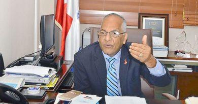 Califica de indecente integrar ex militares en los centros de votaciones en las elecciones venideras