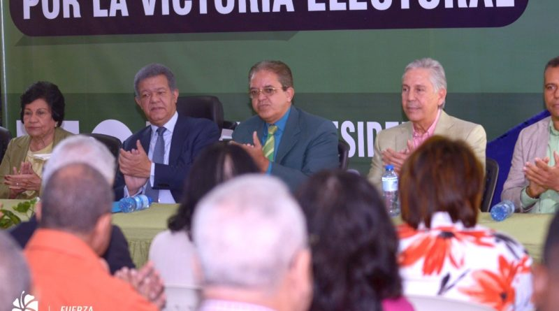Leonel Fernández: RD necesita actualizar su oferta curricular universitaria