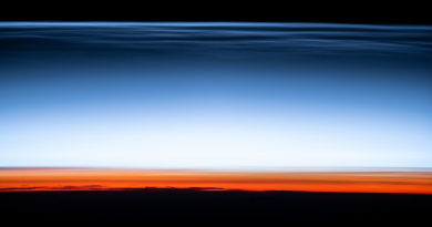 """La NASA publica una """"tarjeta postal de la orilla del espacio"""" tomada desde la EEI"""