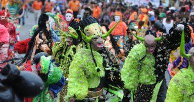 ASDE anuncia celebración del Carnaval Santo Domingo Este 2020