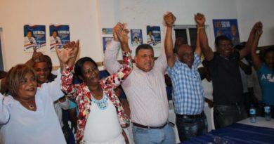 Candidato a alcalde del PRD en La Victoria renuncia y apoya candidato del PRM El Gringo