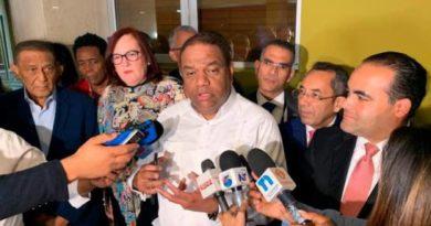 Partidos presentan alianzas ante la Junta, al vencer el plazo