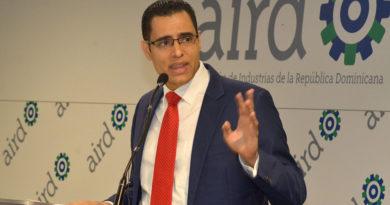 Ministro de Economía: Alianzas público-privadas ayudarán a satisfacer demanda de infraestructura