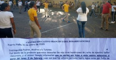 Cierran escuela en Puerto Plata por falta de pago a propietarios del local