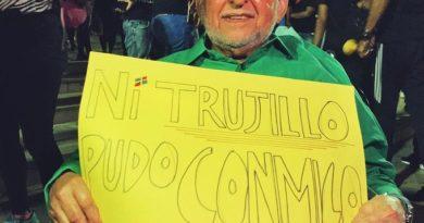 Fundador del movimiento 14 de Junio presente en manifestación a favor de la democracia