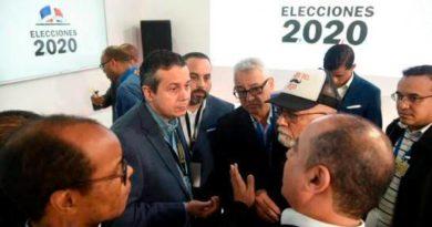 Escáneres solo se usarían para tomar copia a las actas en centros de votación