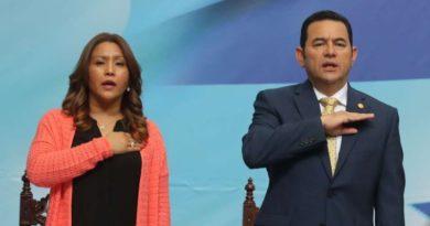 Esposa de expresidente Jimmy Morales vinculada a caso de fraude en Guatemala