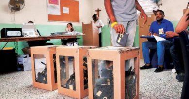 JCE inicia conformación del kit electoral para demarcaciones donde se usará voto manual