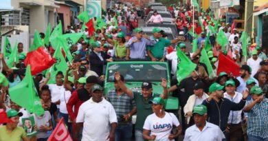 """Leonel dice ante encuestas recientes """"campaña presidencial no ha iniciado""""Invita a analizar intención de las preguntas"""