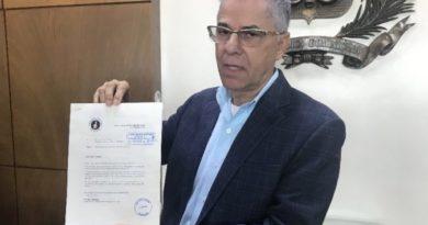 ATENCIÓN: Manuel Jiménez denuncia logística del PLD para compra de votos