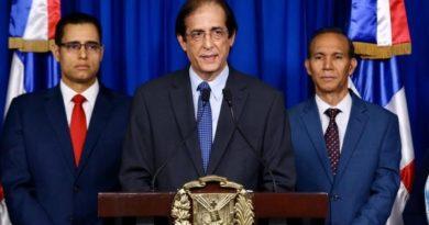 Presidente Medina promulga ley de reforma a la Seguridad Social