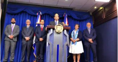 Presidente Medina promulga ley sobre reforma a la Seguridad Social