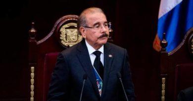 """Presidente Medina sobre suspensión de elecciones: """"Que no se quede nada sin escudriñar"""""""