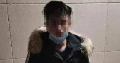 Una mujer en China asusta a un ladrón fingiendo estar infectada con el coronavirus