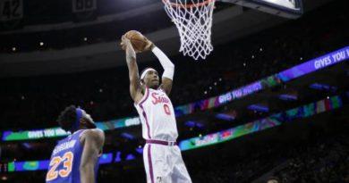 Sin dos de sus astros, 76ers vencen a los Knicks