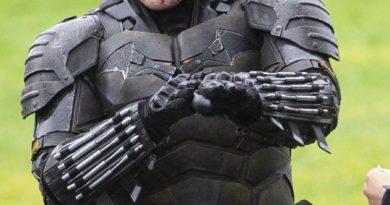 Estas son las primeras imágenes del traje que usará Robert Pattinson como Batman