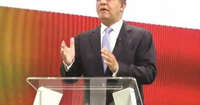 Leonel: El país entró en crisis y solicita diálogo con líderes
