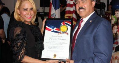 Agenda Dominicana escoge a Polanco como Hombre del Año reconocido en evento Viva la Patria