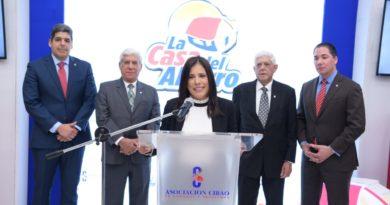 Asociación Cibao concluye su promoción La Casa del Ahorro premiando a 61 clientes