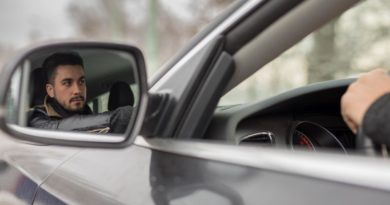 Uber asalta definitivamente el mercado del taxi: ya permite hacer reservas mediante un número de teléfono