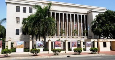 ADP denuncia Ministerio de Educación incumple acuerdos en el pago de licencias
