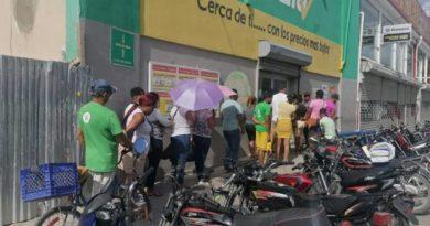 Sector de Andrés Boca Chica se mantiene activo pese a cierre de negocios como prevención por Covid 19