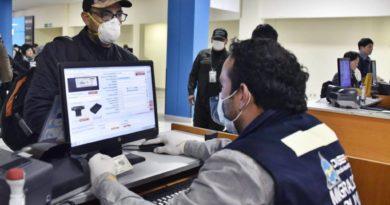Bolivia suspende clases y los vuelos con Europa por el coronavirus