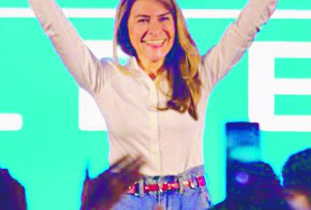 Carolina Mejía pide a capitaleños dejarse sentir en las urnas